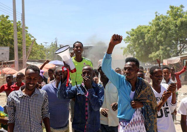 Protesters demonstrate against Somalia's President Mohamed Abdullahi Mohamed on the streets of Yaqshid district of Mogadishu, Somalia 25 April 2021