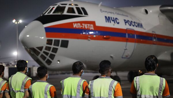 Both planes of the Russian Emergencies Ministry with aid for India, which is hit by an unprecedented outbreak of COVID-19, have landed in New Delhi. - Sputnik International