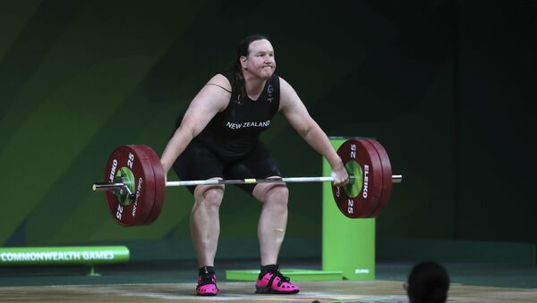 New Zealand's Laurel Hubbard lifts in the snatch of the women's +90kg weightlifting final at the 2018 Commonwealth Games on the Gold Coast, Australia, Monday, April 9, 2018 - Sputnik International