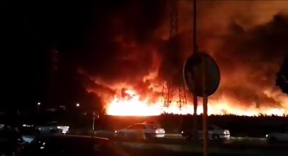 Screenshot from a video allegedly showing the massive fire in the Iranian city of Bushehr