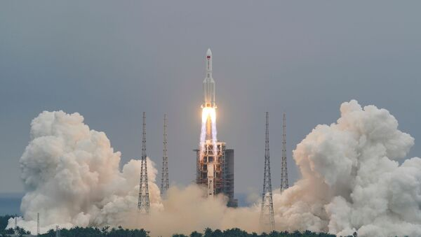 The Long March-5B Y2 rocket, carrying the core module of China's space station Tianhe, takes off from Wenchang Space Launch Center in Hainan province, China April 29, 2021 - Sputnik International