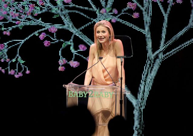LOS ANGELES, CALIFORNIA - NOVEMBER 09: Gwyneth Paltrow attends the 2019 Baby2Baby Gala presented by Paul Mitchell on November 09, 2019 in Los Angeles, California.