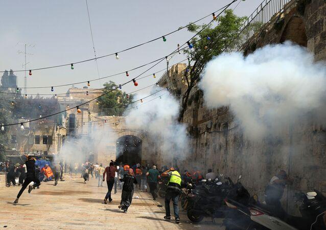 Clashes near al-Aqsa Mosque, Jerusalem