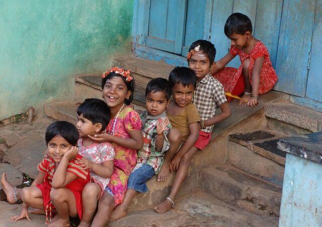 Indian children.