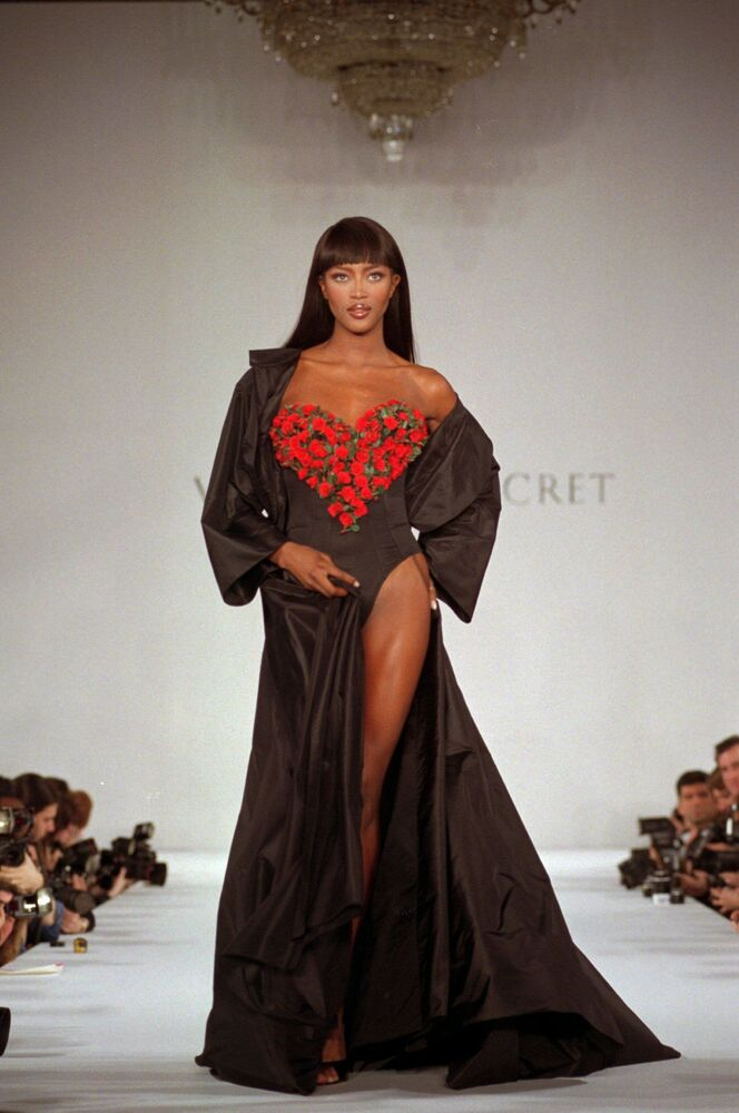 Naomi Campbell opens a Victoria's Secret show in New York, 1996