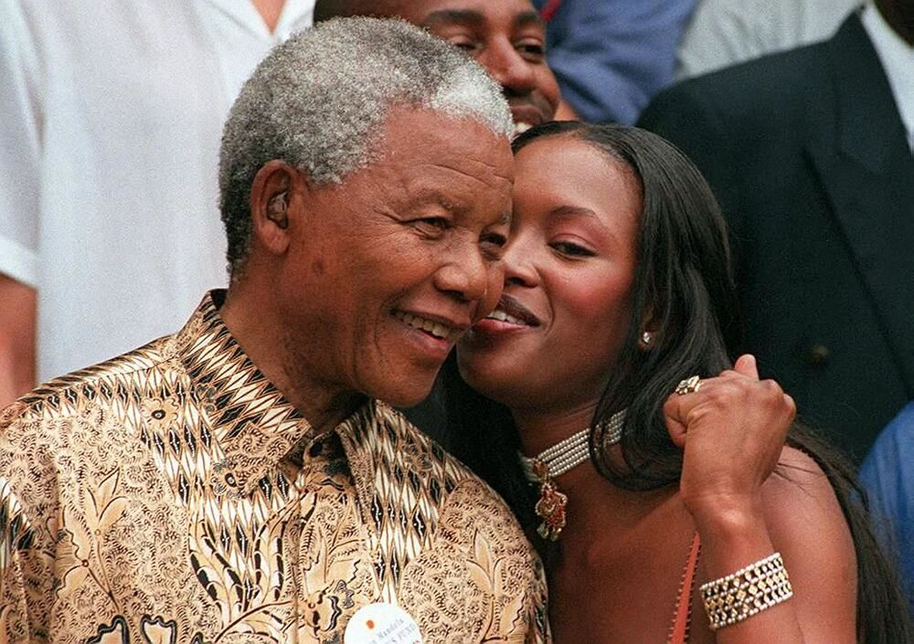 President of the South African Republic Nelson Mandela and British supermodel Naomi Campbell in Capetown, 1998