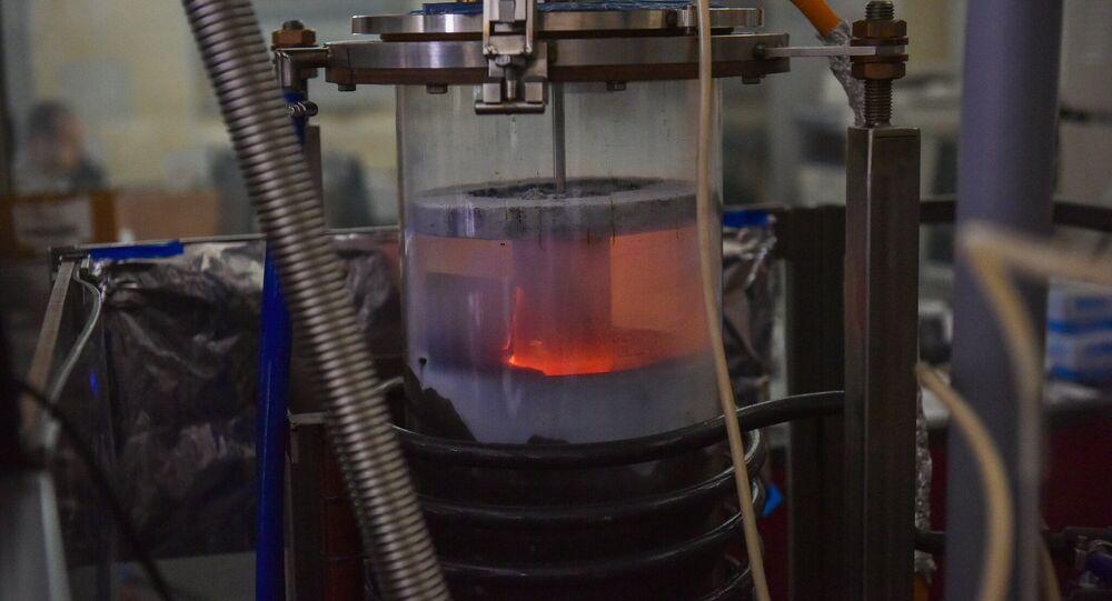 Nanoparticle reactor