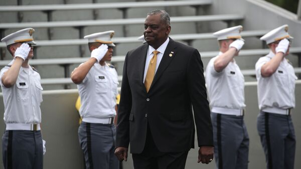 U.S. Secretary of Defense  Lloyd J. Austin III arrives for graduation ceremonies for the class of 2021 at the United States Military Academy (USMA) West Point, in Michie Stadium in West Point, New York, U.S., May 22, 2021. - Sputnik International