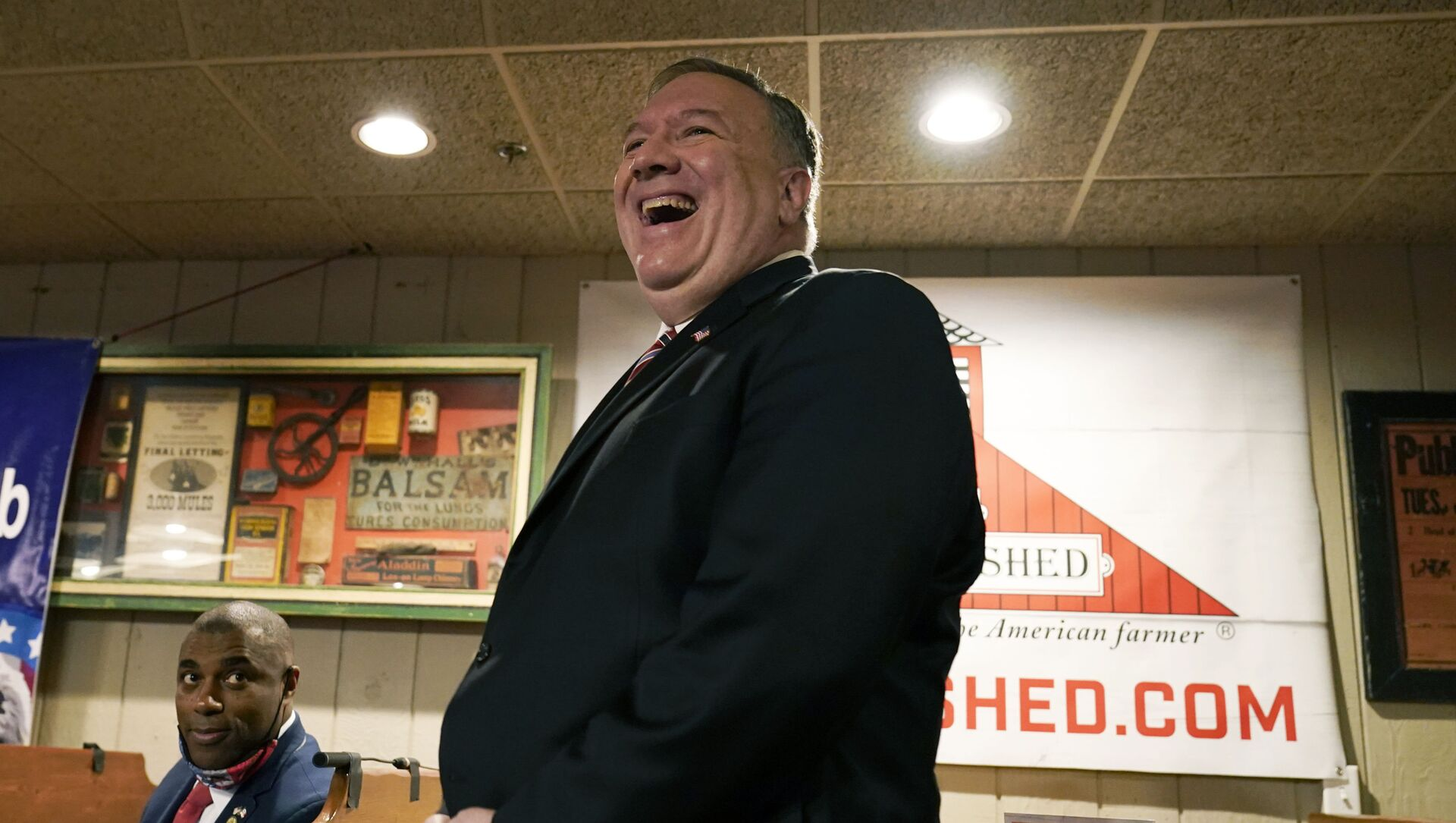 Former Secretary of State Mike Pompeo laughs as he is introduced to speak at the West Side Conservative Club, Friday, March 26, 2021, in Urbandale, Iowa - Sputnik International, 1920, 04.08.2021