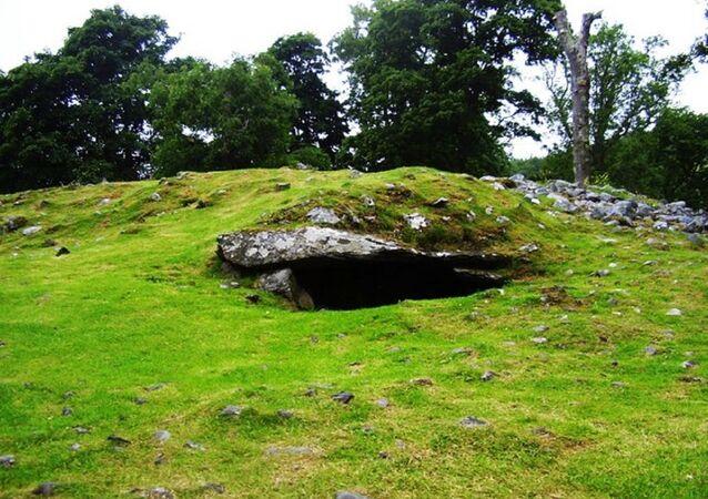 Burial cairn at Dunchraigaig, Argyll