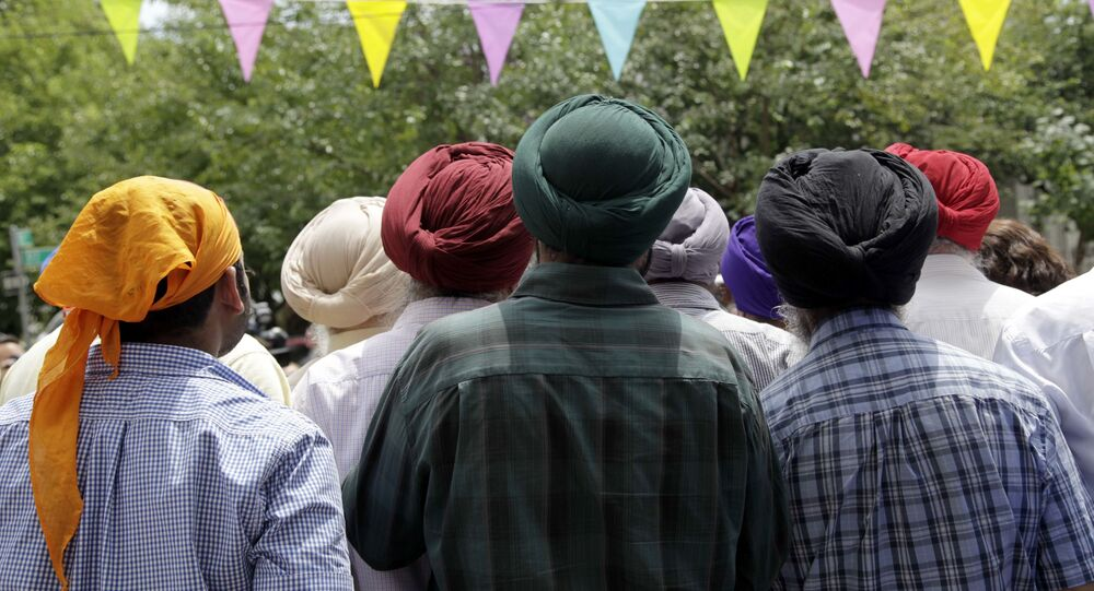 Members of the Sikh community, wearing turbans (File)