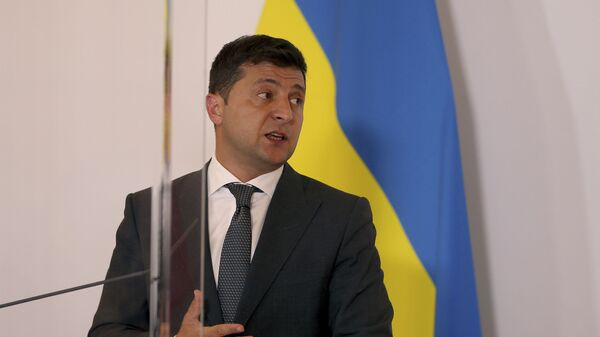 President of Ukraine Volodymyr Zelensky addresses the media at a joint press conference with Austrian Chancellor Sebastian Kurz after their meeting at the federal chancellery in Vienna, Austria, Tuesday, Sept. 15, 2020. - Sputnik International