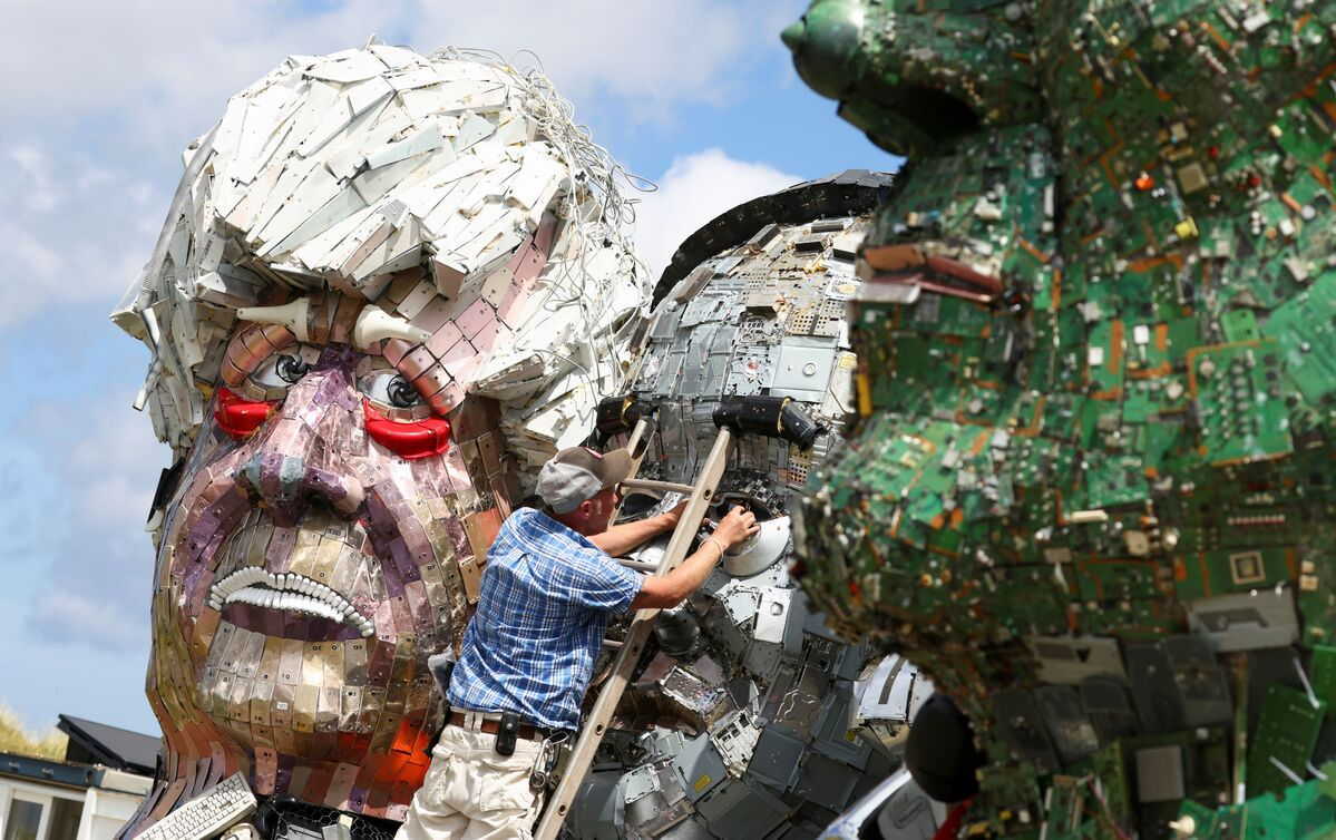 Mount Recyclemore': Artist Sculpts G7 Leaders Out of Scrap Metal - Sputnik International