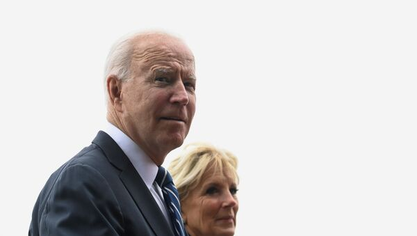 U.S. President Joe Biden and first lady Jill Biden walk outside Carbis Bay Hotel during their meeting with Britain's Prime Minister Boris Johnson and his wife Carrie Johnson (not pictured) , at Carbis Bay, Cornwall, Britain June 10, 2021. - Sputnik International