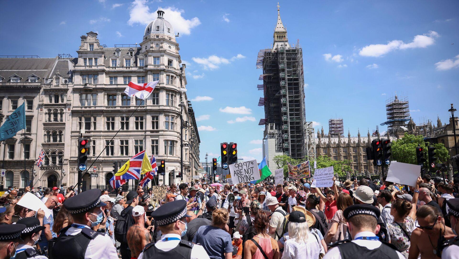 Protest against COVID-19 lockdown in London - Sputnik International, 1920, 14.06.2021