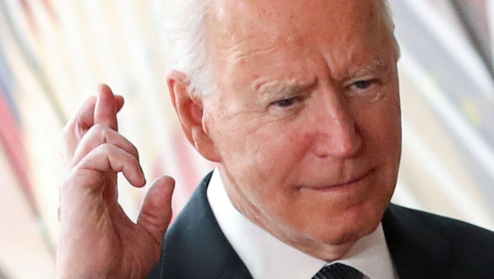 US President Joe Biden gestures as he arrives for the EU-US summit, in Brussels, Belgium June 15, 2021. - Sputnik International, 1920, 27.07.2021
