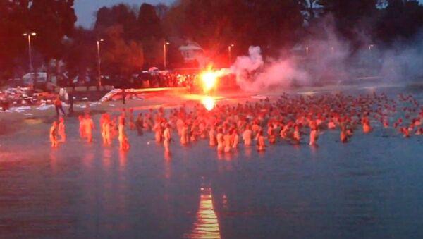 Dark Mofo winter solstice nude swim  - Sputnik International