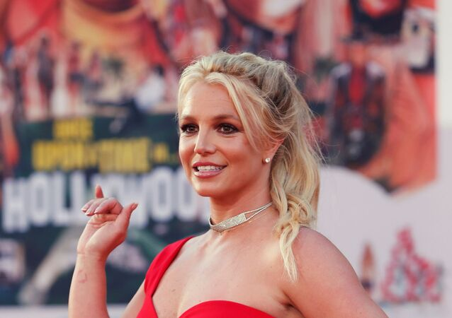 Britney Spears poses at the premiere of Once Upon a Time In Hollywood in Los Angeles, California, 22 July 2019
