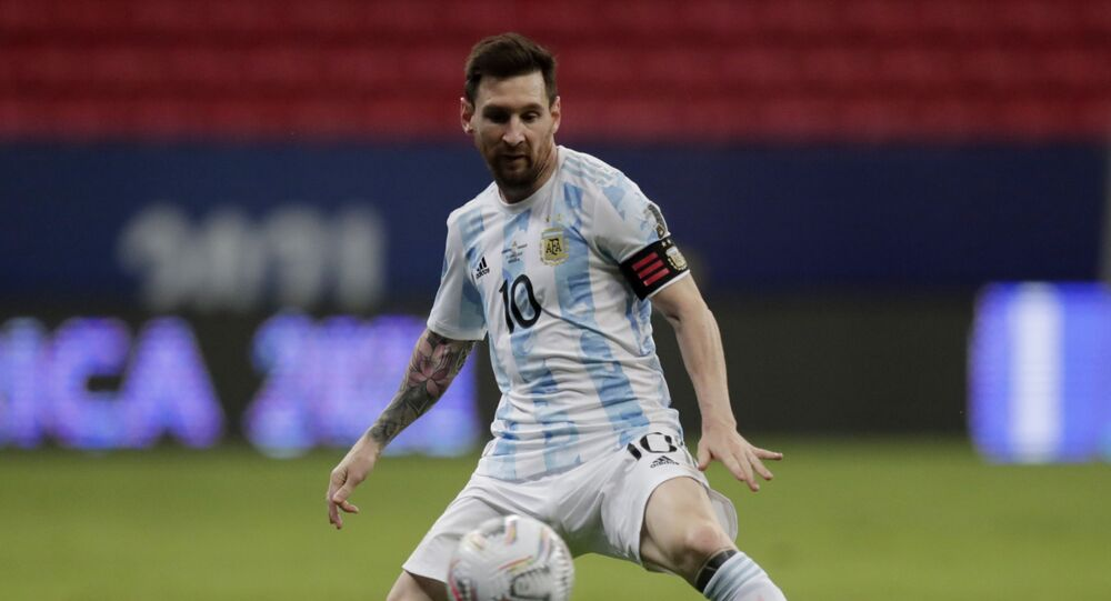 Soccer Football - Copa America 2021 - Group A - Argentina v Paraguay - Estadio Mane Garrincha, Brasilia, Brazil, 21 June 2021 - Argentina's Lionel Messi in action