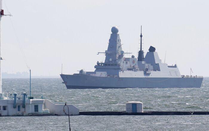 British Royal Navy's Type 45 destroyer HMS Defender arrives at the Black Sea port of Odessa, Ukraine June 18, 2021. Picture taken June 18, 2021
