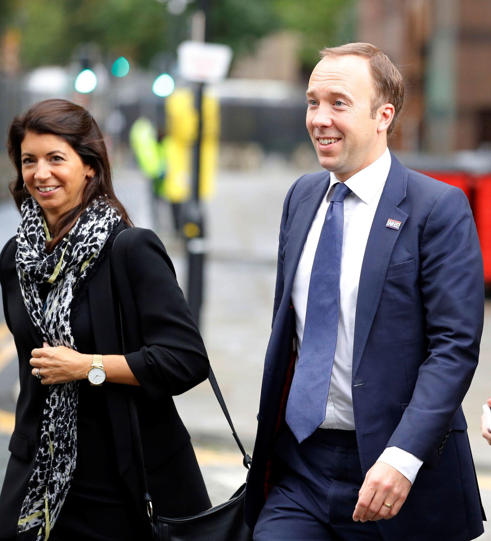 Hancock's Resignation: Did Ex-UK Health Secretary and His Aide's Affair Start in 2019? - Sputnik International, 1920, 27.06.2021