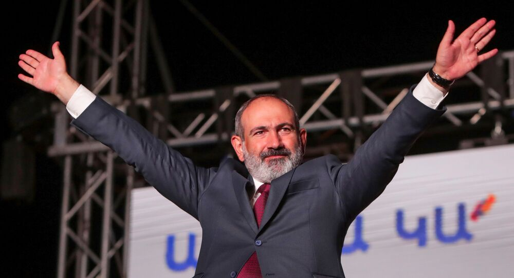 Armenia's acting Prime Minister and leader of Civil Contract party Nikol Pashinyan attends a rally after snap parliamentary election in Yerevan, Armenia June 21, 2021.