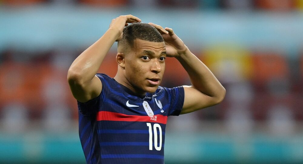 Soccer Football - Euro 2020 - Round of 16 - France v Switzerland - National Arena Bucharest, Bucharest, Romania - June 29, 2021 France's Kylian Mbappe reacts after his shot is saved by Switzerland's Yann Sommer during the penalty shoot-out