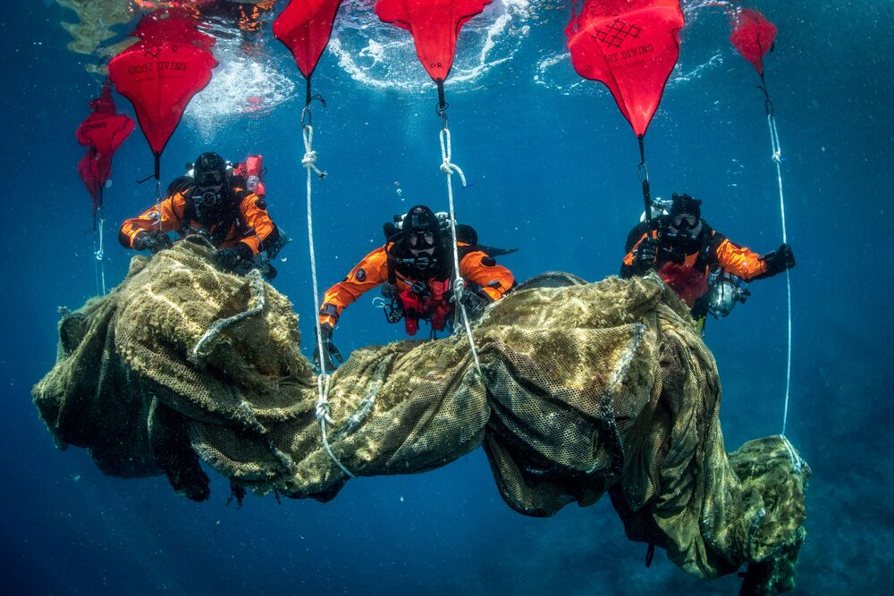 Back to Nature: Divers Clean Remains of Fish Farm on Ulysses' Island Of Ithaca, Greece