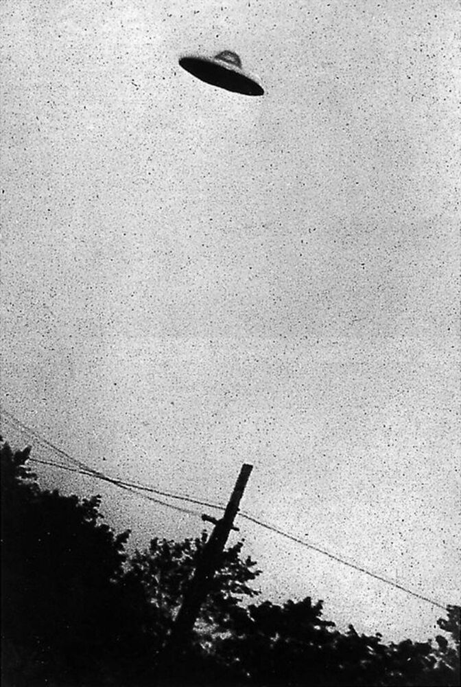One of the most famous fake photos of an alleged UFO over New Jersey, US.