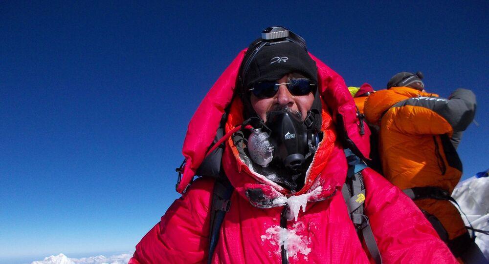 Mountaineer Aditya Gupta scaling World's highest peak - MT Everest in 2019