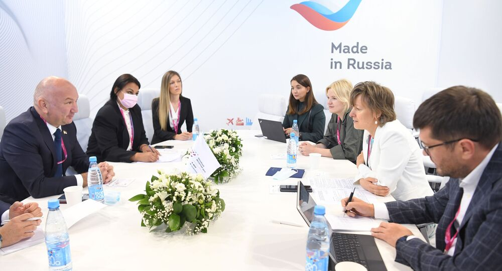 Veronika Nikishina, chief executive officer of the Russian Export Centre JSC (REC), held a working meeting with Nenad Popovic, Serbia's minister of innovation and technological development