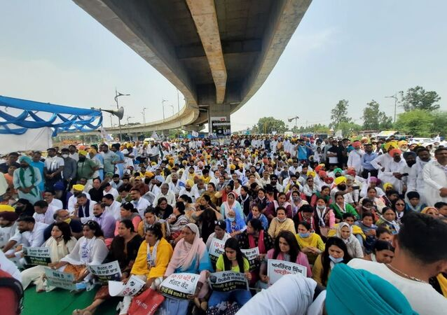 MASSIVE PROTEST AGAINST POWER CUTS