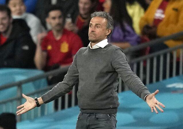 Soccer Football - Euro 2020 - Semi Final - Italy v Spain - Wembley Stadium, London, Britain - July 6, 2021 Spain coach Luis Enrique reacts