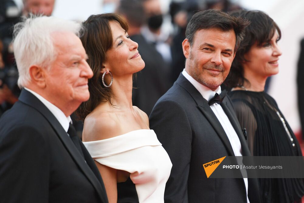 The 74th Cannes Film Festival rolled out the red carpet for its second day with the premiere of ''Everything Went Fine by prolific French filmmaker François Ozon.