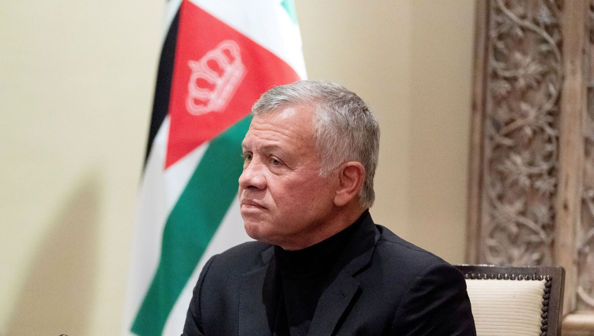 Jordan's King Abdullah II listens during a meeting in Amman, Jordan, May 26, 2021. - Sputnik International, 1920, 10.07.2021