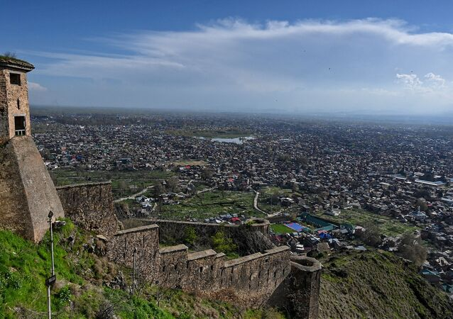 A general view shows the city from Hari Parbat Fort during a government-imposed nationwide lockdown as a preventive measures against the COVID-19 coronavirus, in Srinagar on April 4, 2020