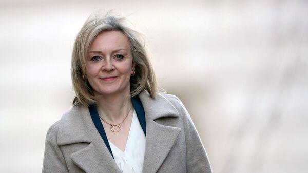Britain's International Trade Secretary Liz Truss arrives at Downing Street in London, Britain February 11, 2020 - Sputnik International