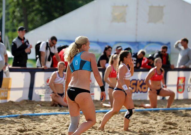 Beach handball Euro; Day 4: 5 July 2019 – Quarter Final Women – Denmark-Norway 2:1 (11:9, 16:19, 7:6)
