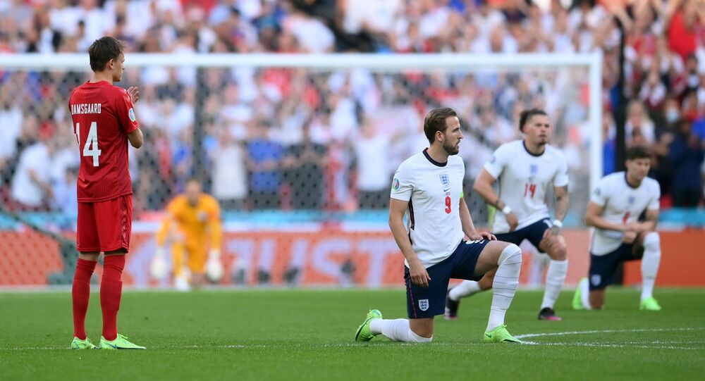 England players taking the knee to protest at racism