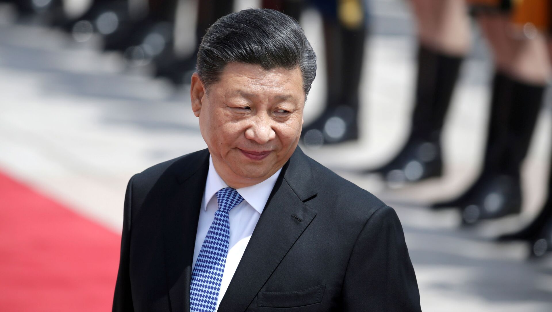 Chinese President Xi Jinping attends a welcoming ceremony for Greek President Prokopis Pavlopoulos outside the Great Hall of the People, in Beijing, China May 14, 2019 - Sputnik International, 1920, 23.07.2021
