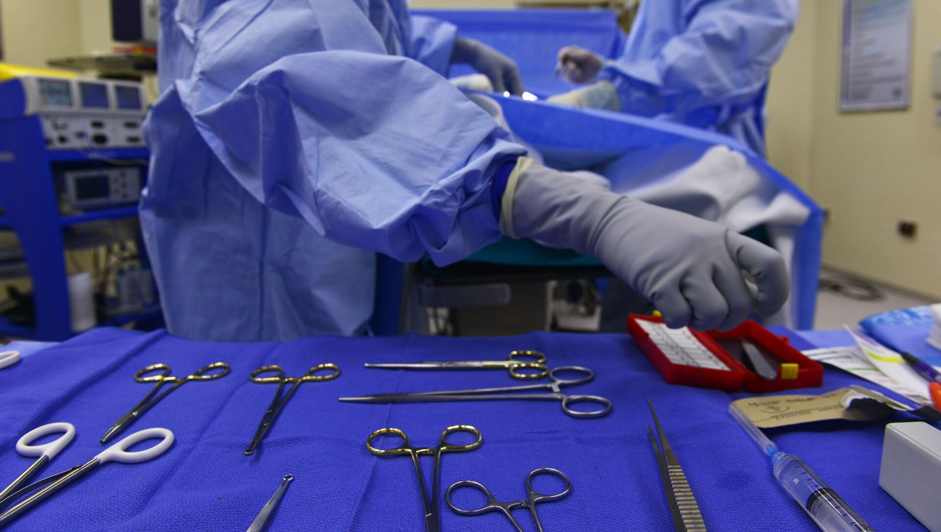 Surgical instruments in the operating room - Sputnik International, 1920, 23.07.2021