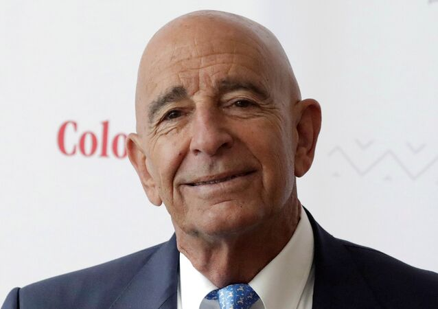 FILE PHOTO: Billionaire real estate investor Thomas Barrack, Chief Executive Officer of Colony Capital, holds a meeting with the media to discuss investment plans in Mexico and Latin America, in Mexico City, Mexico May 22, 2019.