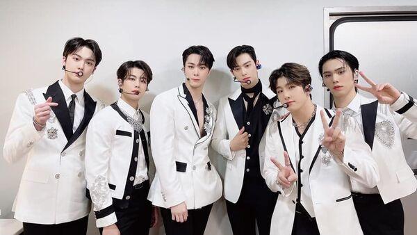 K-Pop Boy-Band Astro Ready to Meet 'After Midnight' In New MV Teaser - Sputnik International