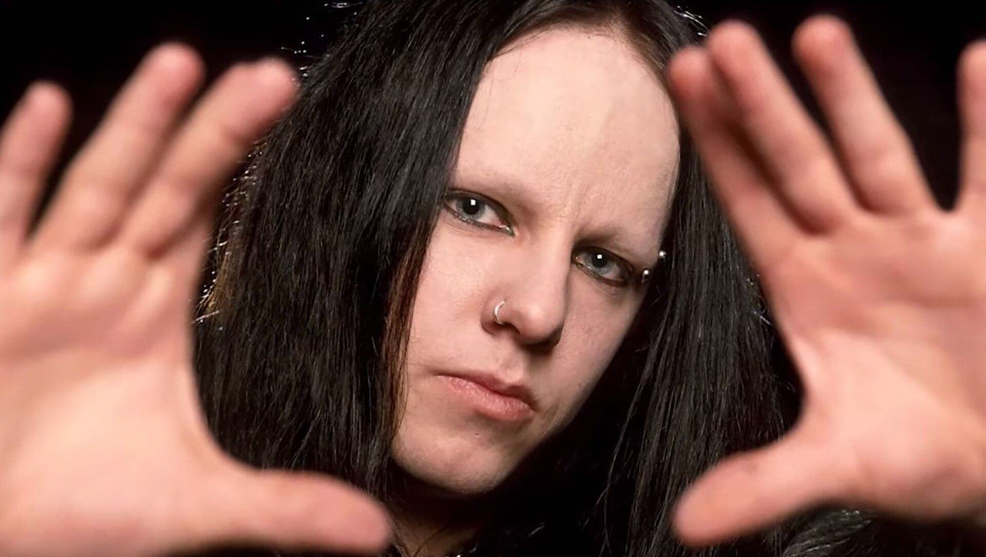 Joey Jordison, an American drummer and founding member of nu metal band Slipknot, died on July 26, 2021, his family revealed on Tuesday. A cause of death has not been determined. - Sputnik International, 1920, 28.07.2021