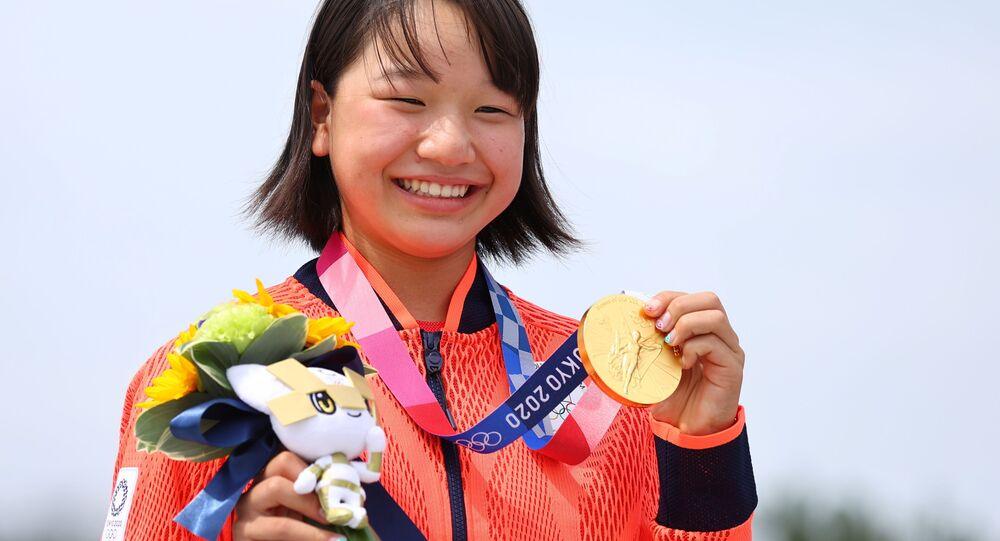 Tokyo 2020 Olympics - Skateboarding - Women's Street - Medal Ceremony - Ariake Urban Sports Park - Tokyo, Japan - July 26, 2021. Momiji Nishiya of Japan poses with her gold medal during medal ceremony.