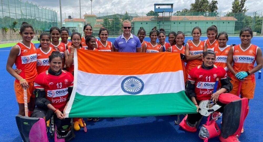 Sjoerd Marijne with Indian women hockey team
