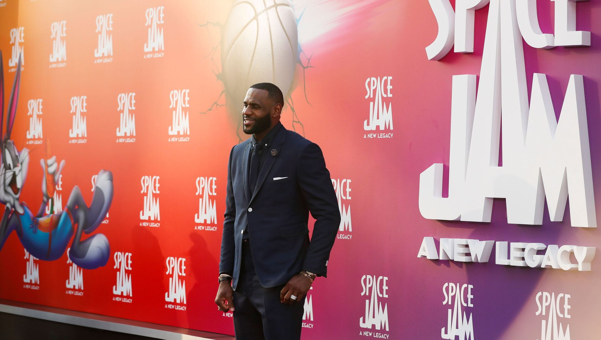 Cast member Lebron James attends the premiere for the film Space Jam: A New Legacy in Los Angeles, California, U.S. July 12, 2021.  - Sputnik International, 1920, 01.08.2021