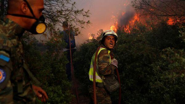 Тушение природных пожаров в северном пригороде Афин  - Sputnik International