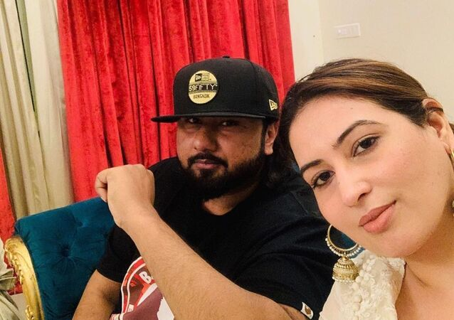 Rapper Yo Yo Honey Singh's Wife Accuses Him of Domestic Violence