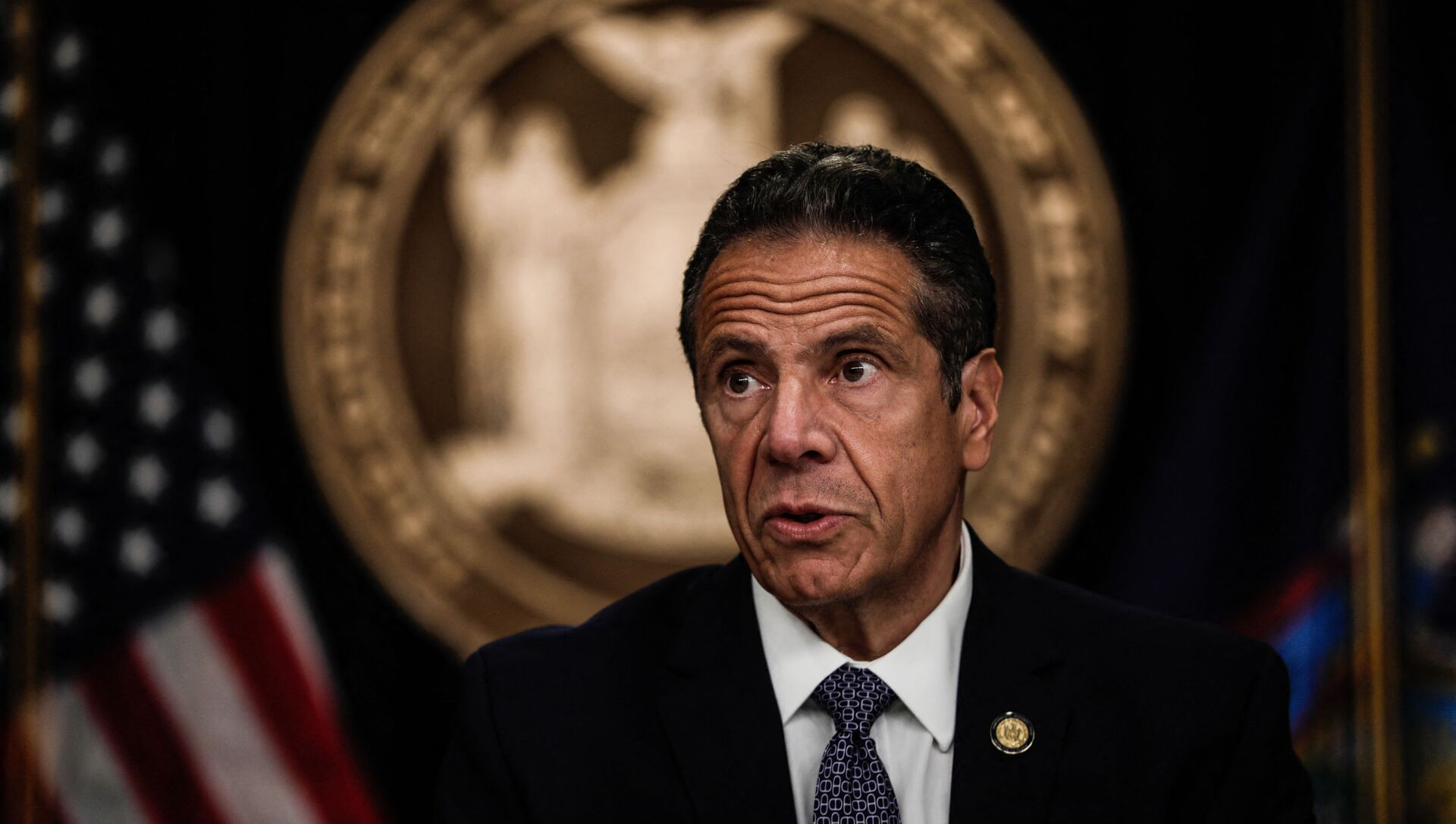 NEW YORK, NY - JULY 01: New York Gov. Andrew Cuomo speaks at a news conference on July 1, 2020 in New York City. The governor expressed alarm at Director of the National Institute for Allergy and Infectious Diseases Dr. Anthony Fauci's recent prediction that there could be 100,000 new Covid-19 cases per day and provided a number of updates related to an increase of states where out-of-state visitors will be required to quarantine for 14 days.  - Sputnik International, 1920, 05.08.2021
